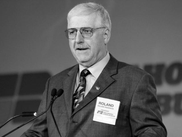 OKFB President Roland Pederson speaks at the 2013 OKFB Convention.